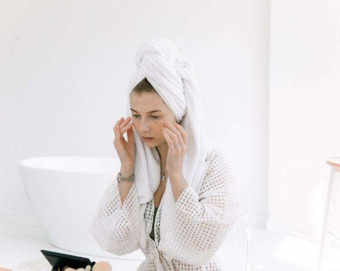 oczyszczanie skóry twarzy